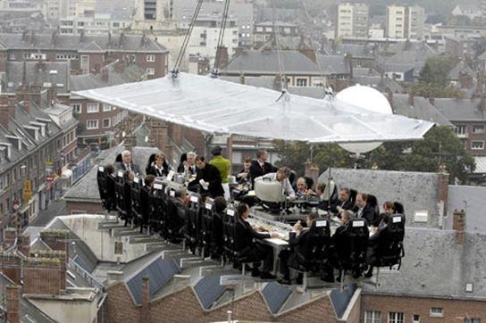 dinner-in-the-sky-open-2013-03