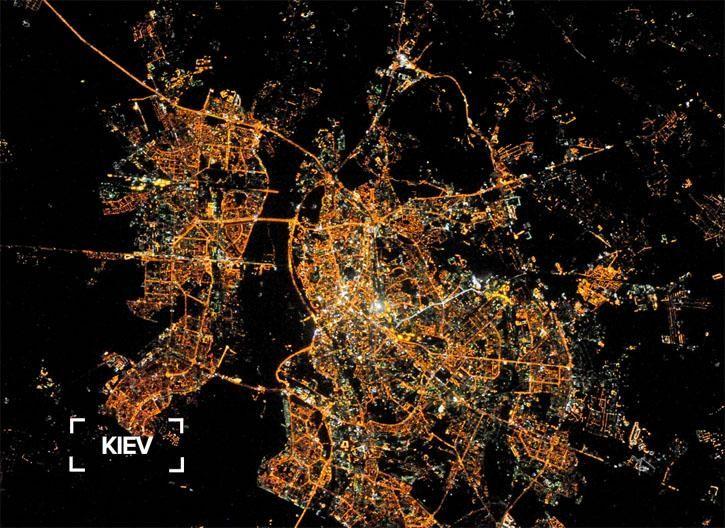Фото нічного Києва з орбіти 2014 рік