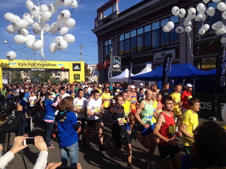 v-kieve-proshel-marafon-kyiv-city-marathon-2014-02