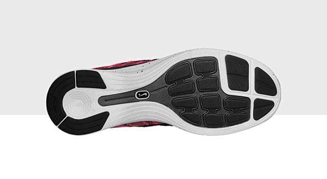 sneakers-nike-flyknit-lunar-pluss-2013-image-2